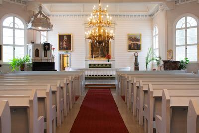 teiskonkirkko-kirkkosali2.jpg