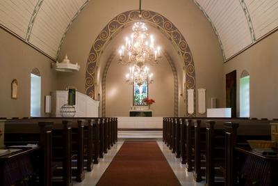 aitolahdenvanhakirkko-kirkkosali1.jpg